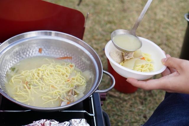 画像1: 鍋ならガスコンロとガス缶で! 鍋はお手軽でおいしい