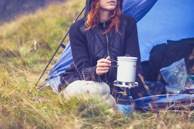 画像: 必要最低限の持ち物で身軽に女子キャンプを楽しもう!