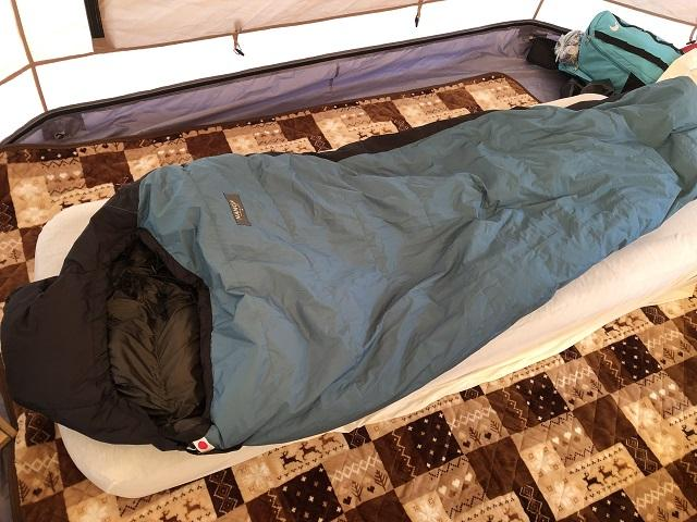 画像: レンタルじゃなく買うとしたら、まずは寝袋