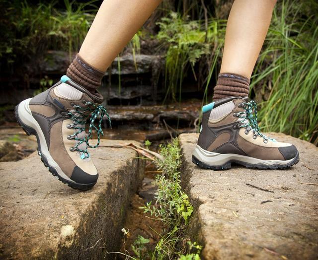画像: トレッキングシューズの選び方 フィット感・歩きやすさ・機能を抑える!