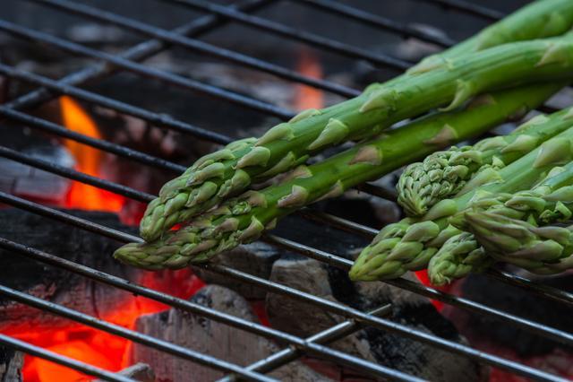 画像: キャンプ料理に旬の野菜をプラス! より季節を感じられるだけじゃなく、栄養価も抜群
