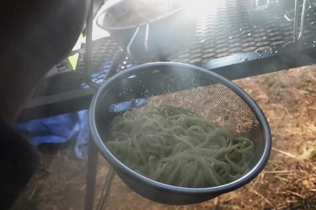 画像4: 【レシピ公開】わずか15分!?キャンプ場で作る自家製「坦々麺」を教えます!