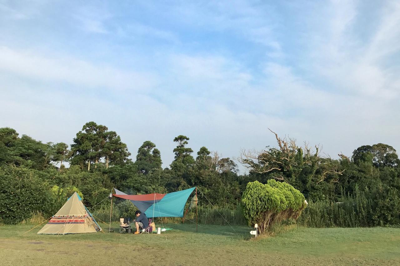 画像: 2人キャンプ2年目、まだ道具もそろってない頃 futaricampguide.com