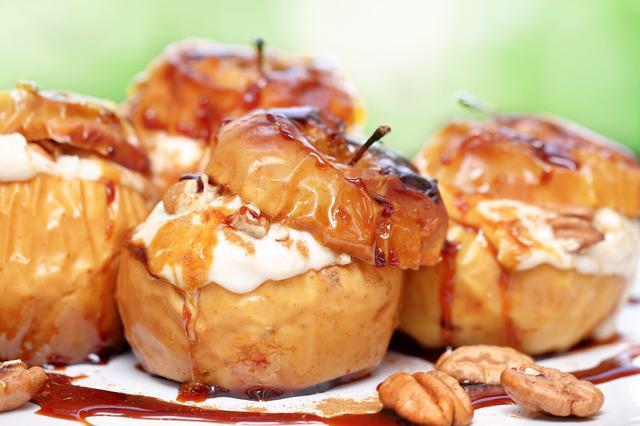 画像: まるごと焼きリンゴに合うトッピング