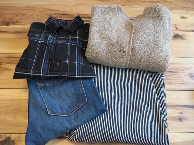 画像: シャツ・ジャケット:ユニクロ デニムパンツ・スカート:GU 画像:筆者撮影