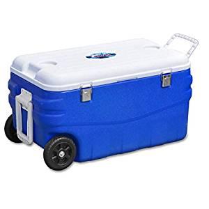 画像: Amazon   FIELDOOR クーラーボックス80L キャスター付き ブルー (約)幅78cm×奥行き44cm×高さ41cm (3層構造保冷 / 2WAYハンドル)   FIELDOOR(フィールドア)   クーラーボックス・アクセサリー