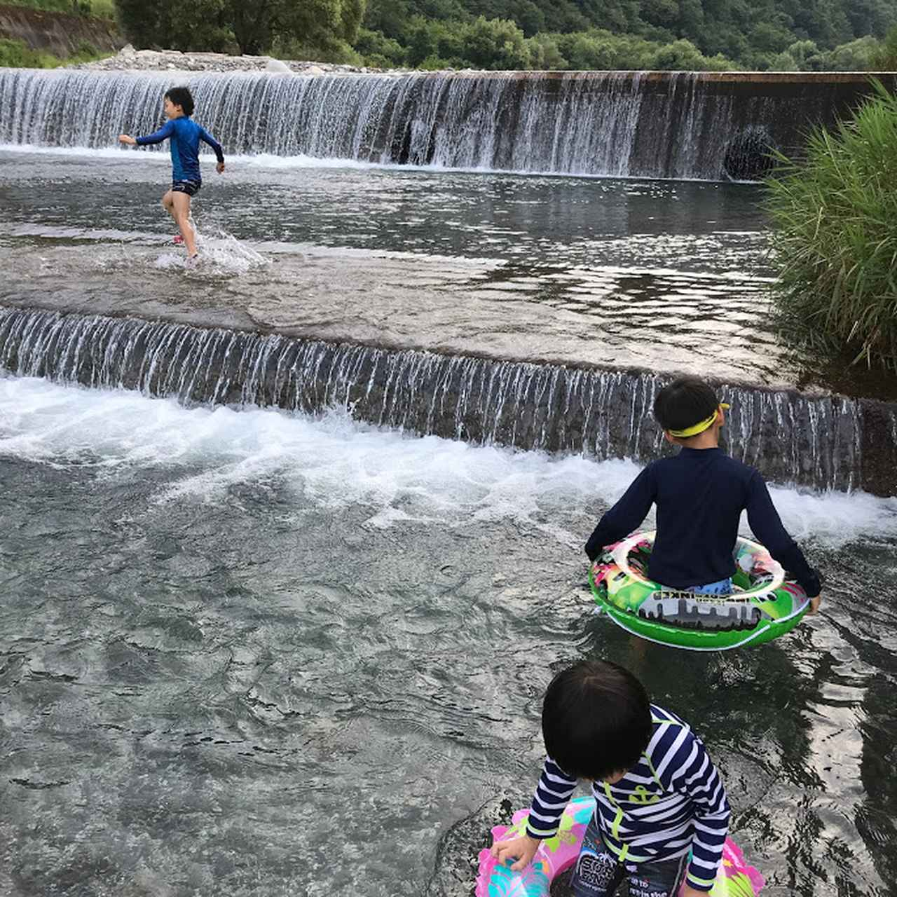 画像: 夏にはぜひ、どぼんと川遊びを!