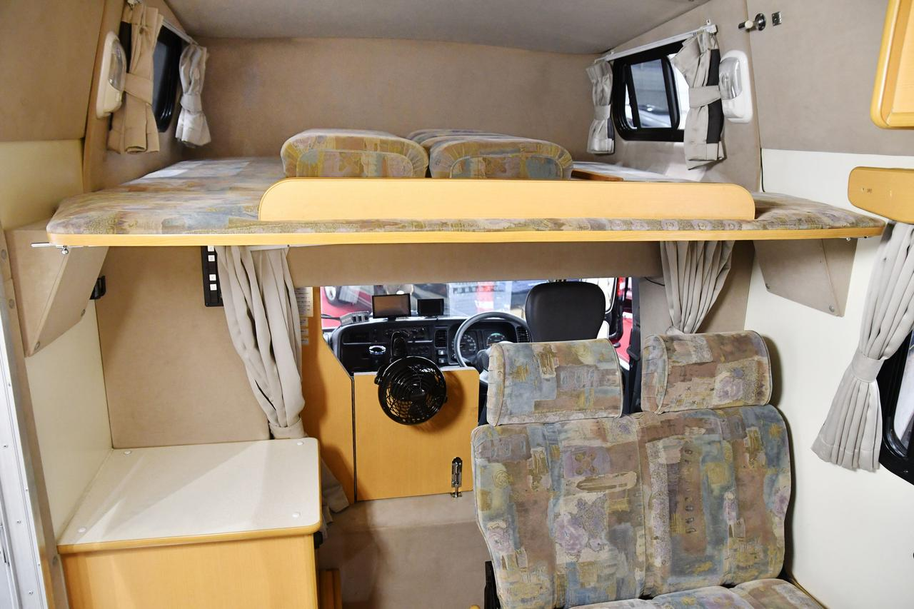 画像: 海キャンプやスキーキャンプでは更衣室に早変わり