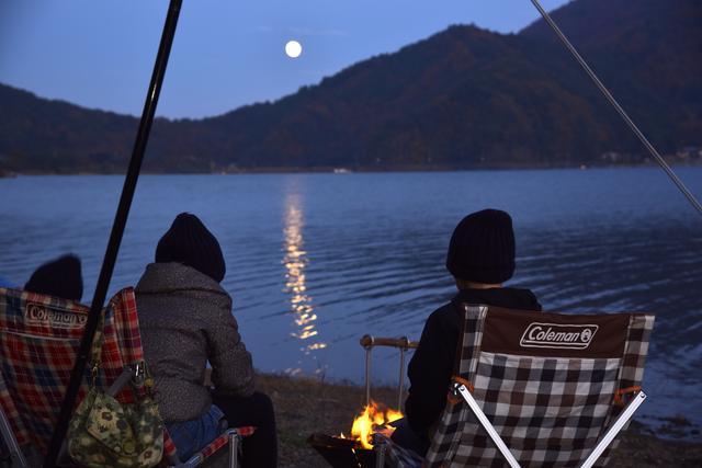画像2: 西湖自由キャンプ場にて:筆者夫撮影