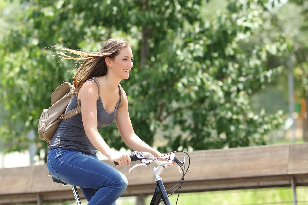 画像: 長距離走よりも気軽なサイクリングに向いている