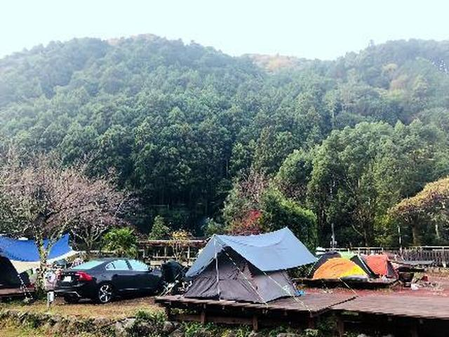 画像: 伊豆旅行にキャンプをプラス! 河津七滝オートキャンプ場はアクセスが良く、観光に便利