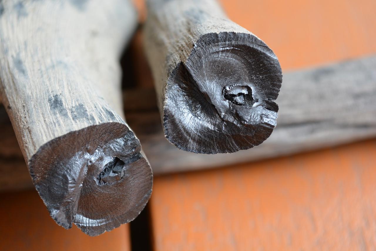 画像: 使う炭は「紀州の備長炭」