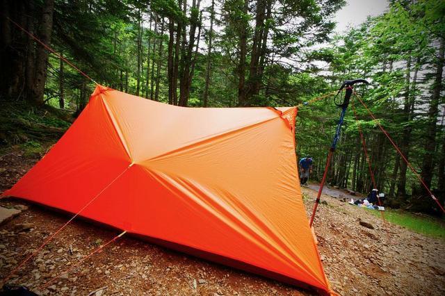 画像: ツェルトは登山道具の必需品! 遭難した時の備えに持っておこう!