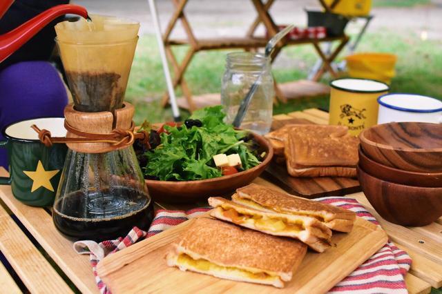 画像: 30分以内に完成! キャンプの朝に食べたいおいしくて簡単な朝食レシピ