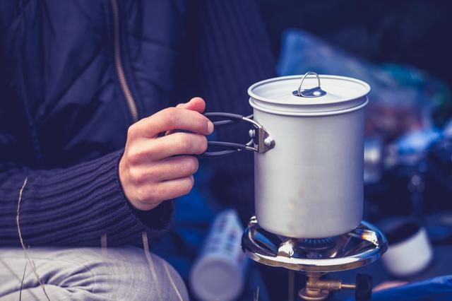 画像: 炊飯や燻製など、料理の用途に合わせて選ぼう! コッヘルで、とっておきのアウトドア・キャンプ飯を