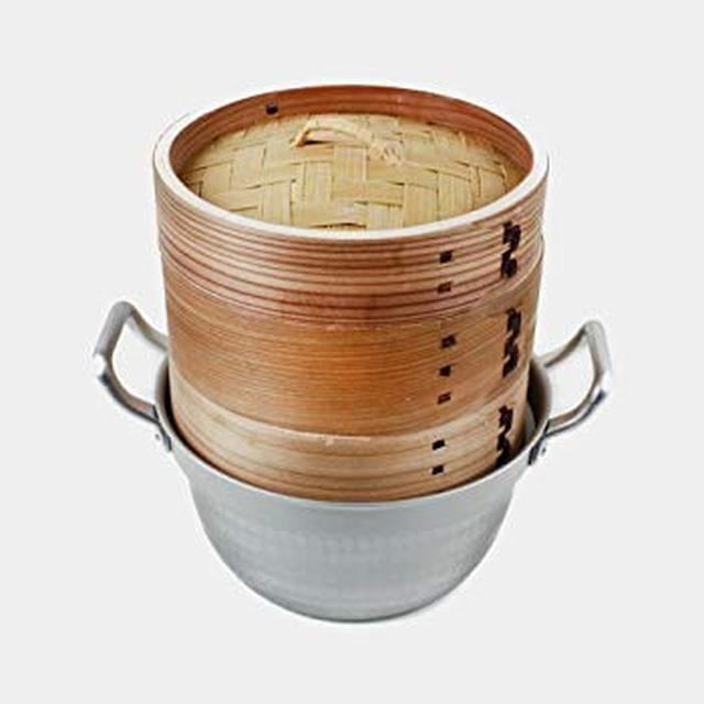 画像: Amazon.co.jp : 【かごや】杉 中華蒸篭(セイロ・蒸し器)15.5cmステンレス鍋付セット[クッキングシート10枚付]「せいろで蒸す」レシピ2品付 : ホーム&キッチン