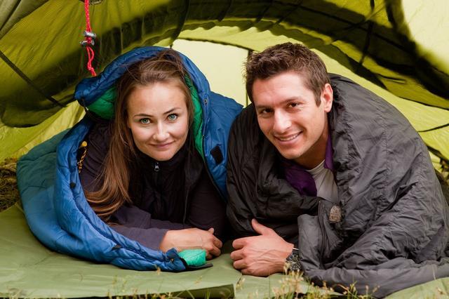 画像2: シュラフはドイツ語で「寝袋」のこと! 携帯性に優れたキャンプの必需品