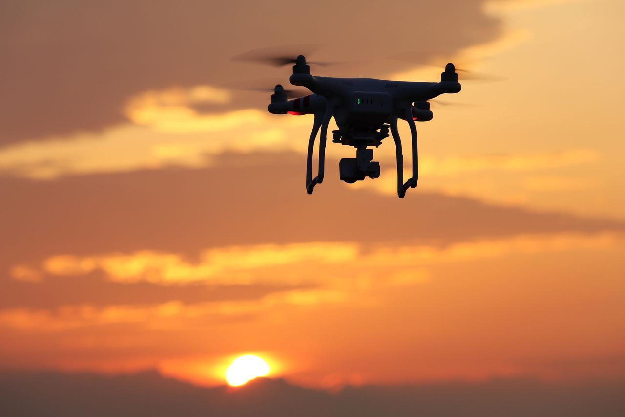 画像: 200g未満の機体は規制が少ない! 初心者はまずトイドローンから初めてみよう