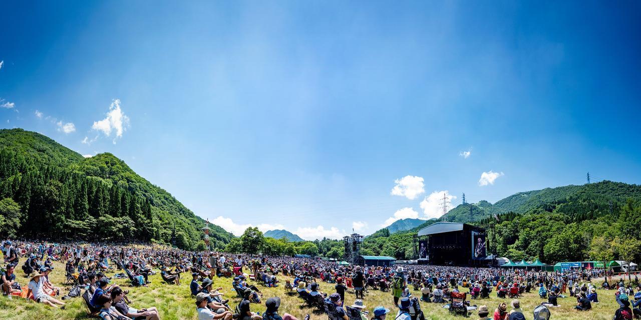 画像: FUJI ROCK FESTIVAL公式Facebookページより www.facebook.com