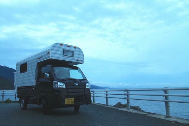 画像: 軽ワゴン、軽トラックをベースにした軽キャンパー 少し狭いが運転のしやすさ抜群