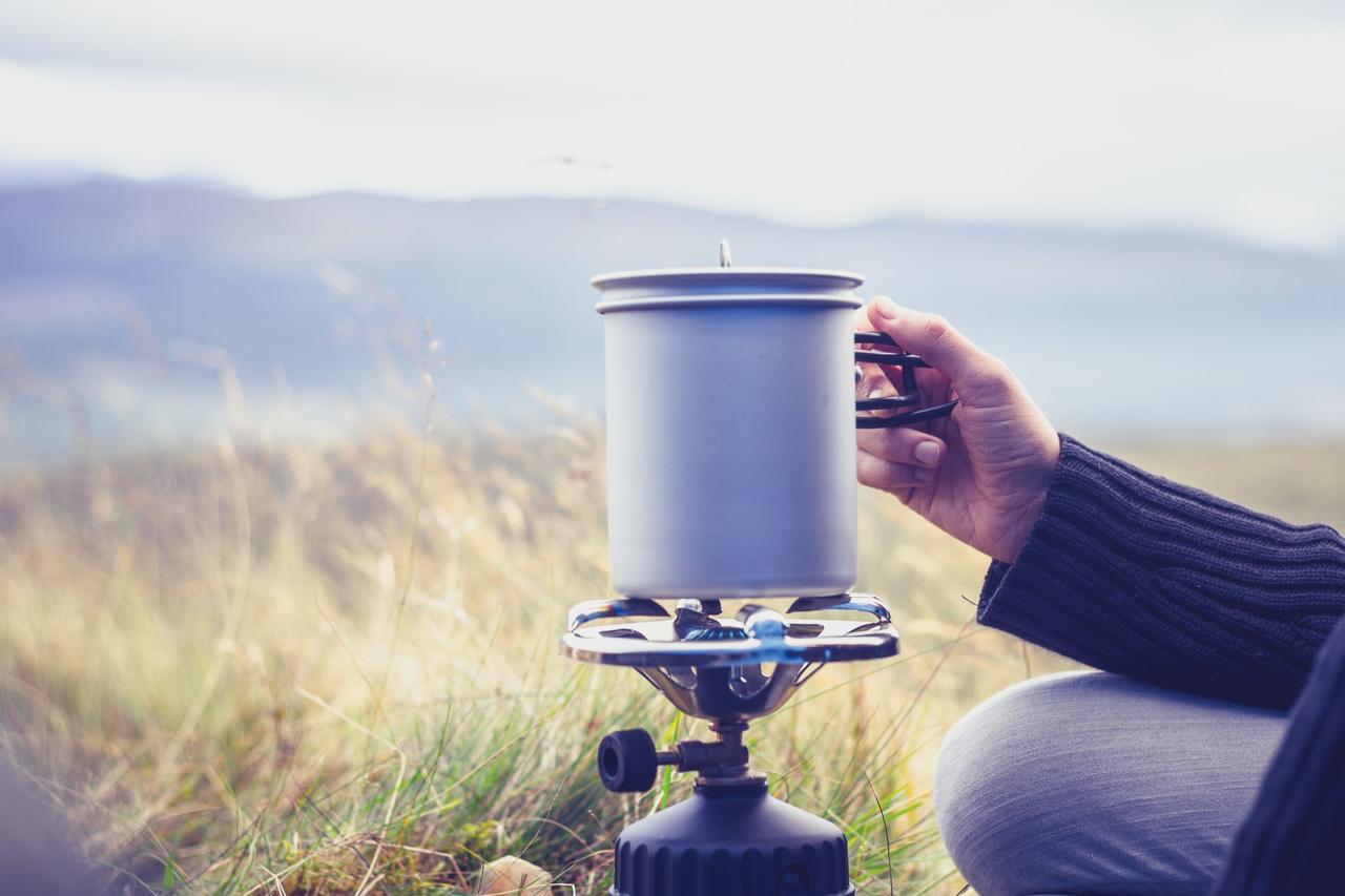 画像: 【金属キャンプ食器】頑丈で汚れが落としやすいステンレス素材 デメリットも二重構造で解消