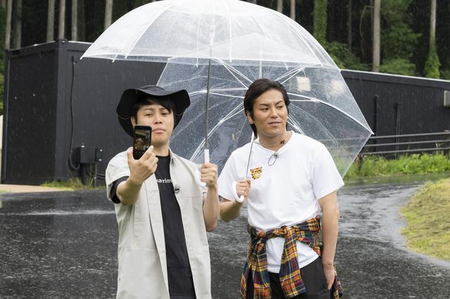 画像2: 雨の中、卓球!? 富士御殿場の「藤乃煌」を井上&狩野コンビで全力リポート