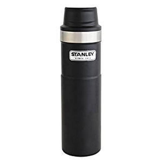 画像: Amazon | STANLEY(スタンレー) クラシック真空ワンハンドマグII 0.59L ブラック 水筒 06441-010 (日本正規品) | スタンレー(STANLEY) | マグ・シェラカップ