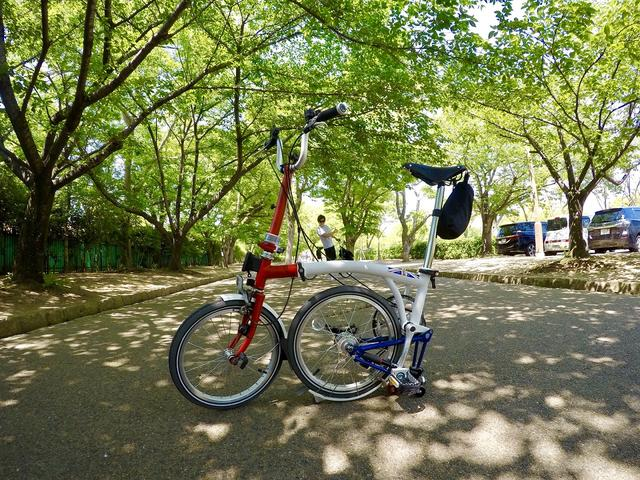 画像: イギリス製の世界的に愛されている超有名な折り畳み自転車「ブロンプトン(BROMPTON)」