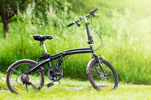 画像: 折りたたみ自転車はキャンプや旅行で大活躍! 車に載せて出かけよう