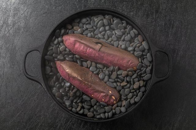 画像1: おいしい石焼き芋の作り方