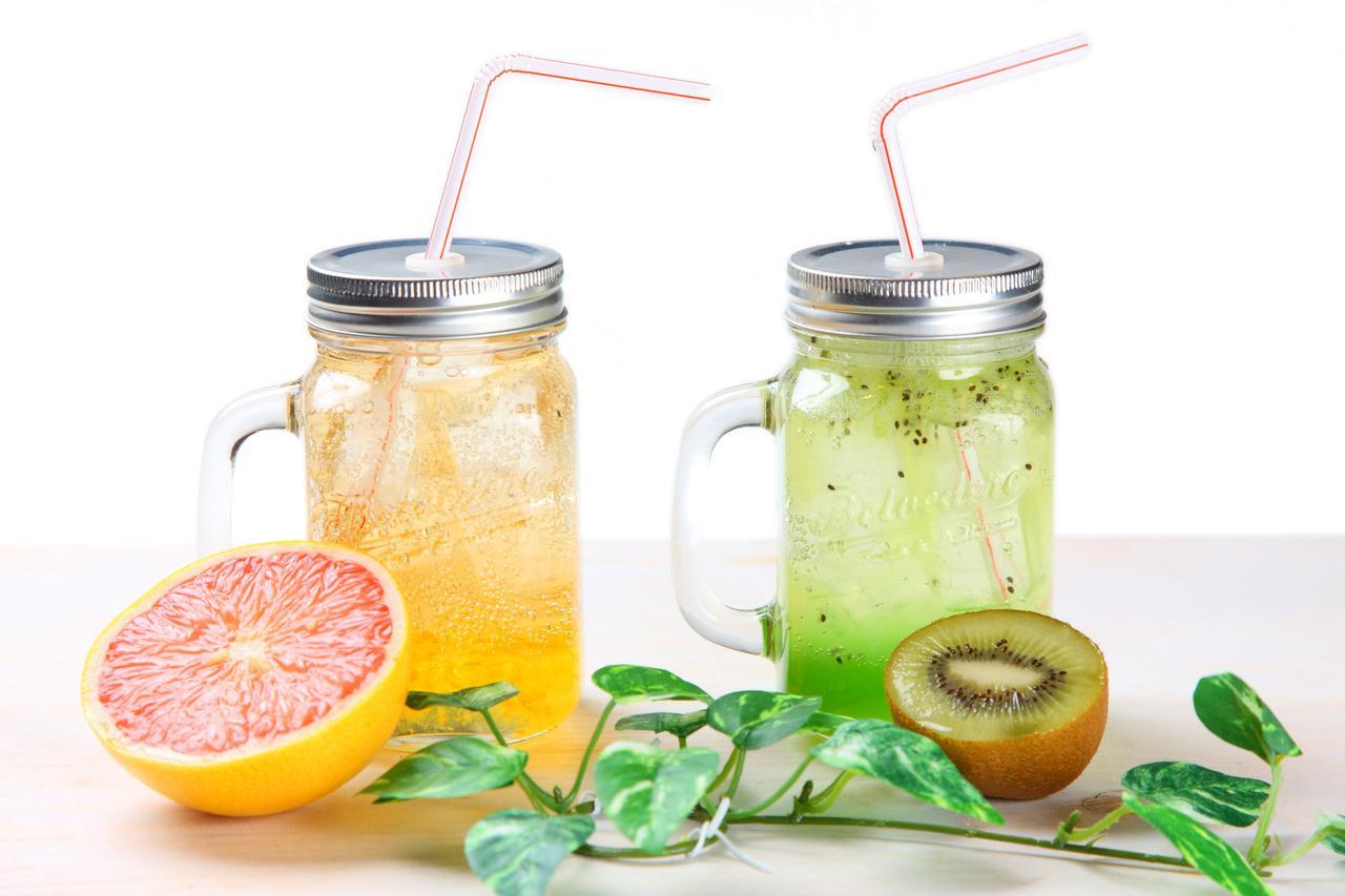 画像: フレッシュジュースのレシピはアレンジ自在 ミキサーなしでも簡単に作れ、キャンプでも楽しめる!