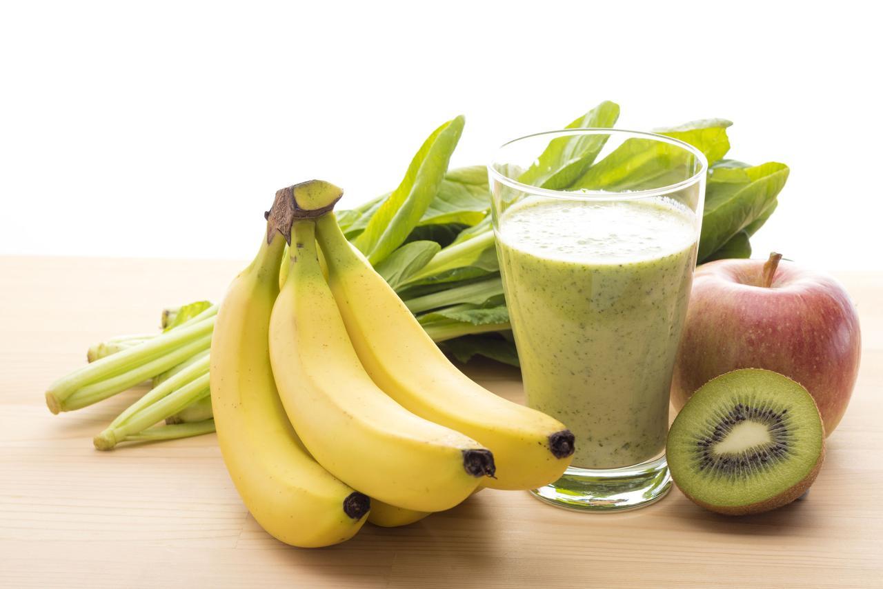 画像: ジップロックで作れるお手軽レシピ! キウイとバナナのフレッシュジュース(難易度:★☆☆)