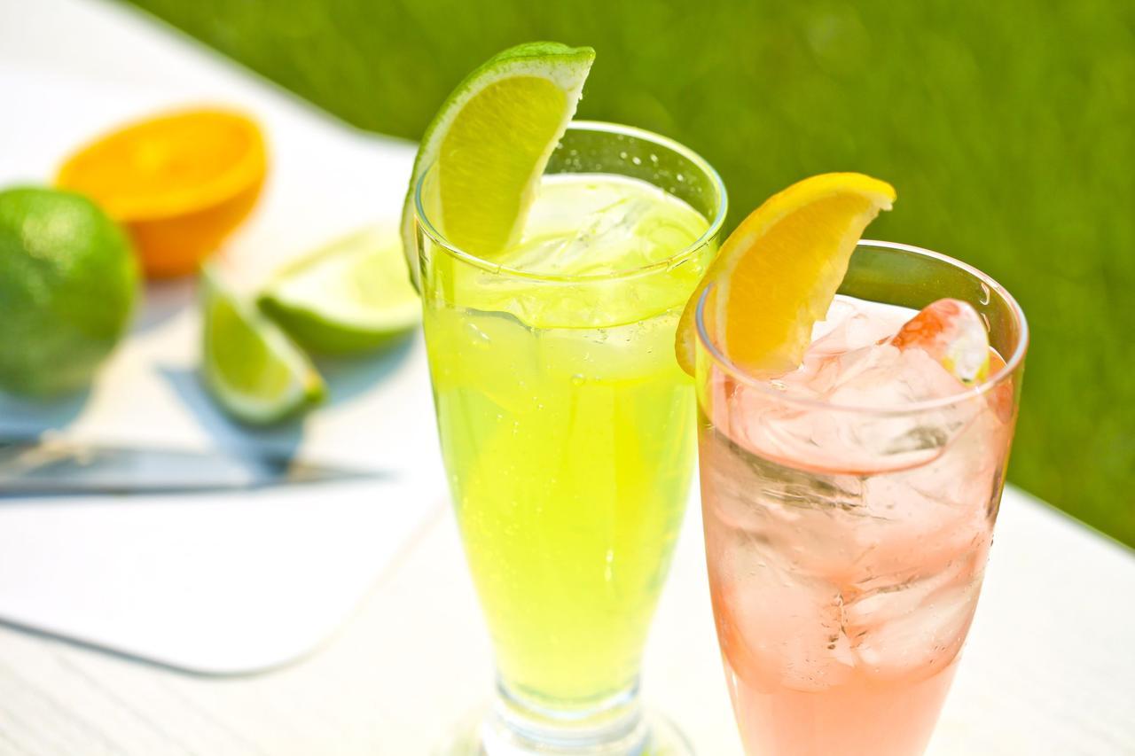 画像: ぬるいジュースは飲みたくない! キャンプでも冷え冷えのできたてフレッシュジュースを飲む方法