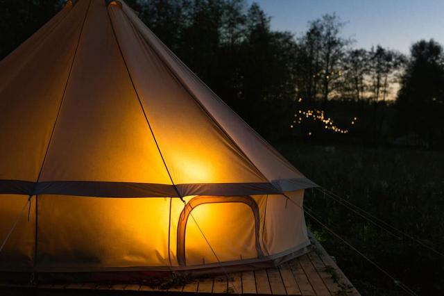 画像: キャンプ初心者におすすめなワンポールテント!ノースイーグルやロゴスなどおすすめ4選 - ハピキャン(HAPPY CAMPER)