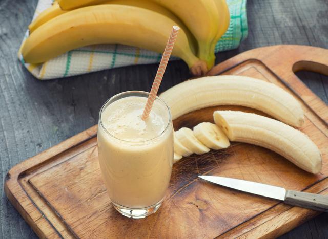 画像: 豆乳バナナスムージー