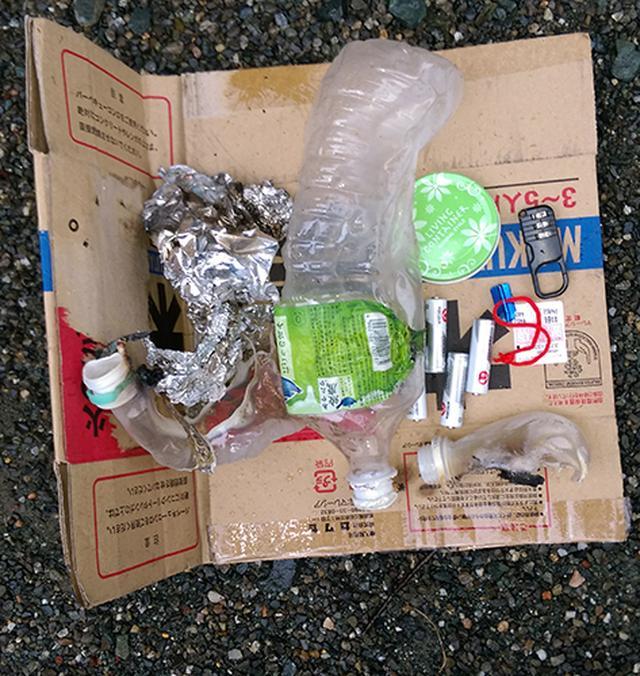 画像: 筆者撮影 キャンプ場に放置されていたゴミ