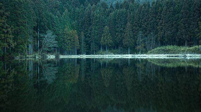 画像: 神聖な空気と神秘的な風景は、別世界に足を踏み入れてしまったよう