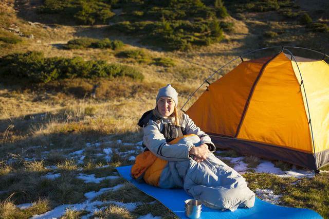 画像: 寒いシーズンに快適キャンプ! 初めての秋冬用シュラフの選び方とおすすめ商品をご紹介 - ハピキャン(HAPPY CAMPER)