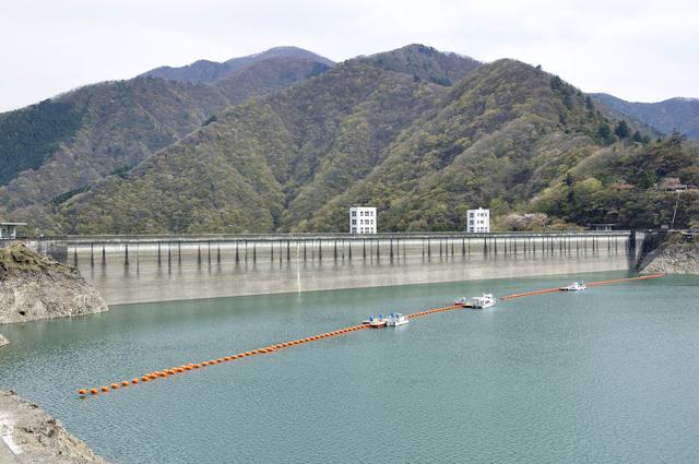 画像: 奥多摩湖=小河内ダム