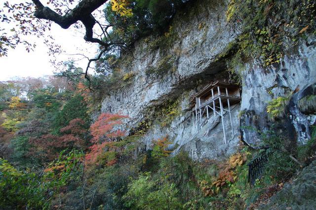 画像: 「三徳山三佛寺」の国宝「投入堂」