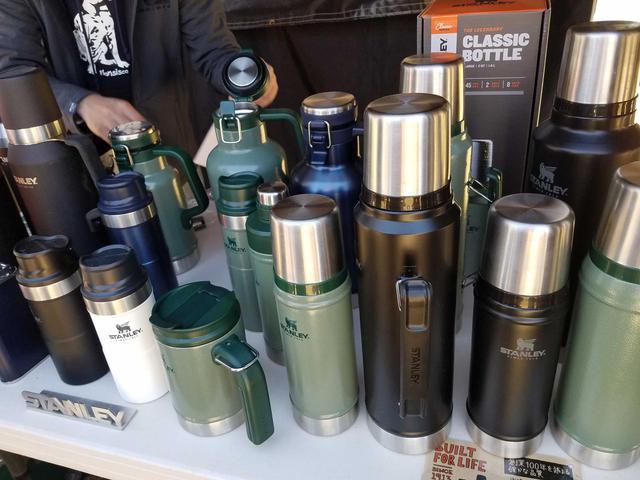 画像: ペットボトルは卒業! スタンレーのおすすめ真空ボトル5選 保温性・保冷性抜群 - ハピキャン(HAPPY CAMPER)