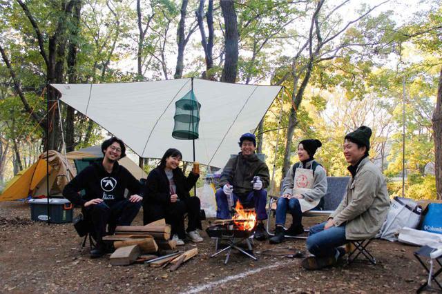 画像: 左からわかちゃんさん、めったんさん、おかだっちさん、もえさん、じょんさん Photo by 筒井響子