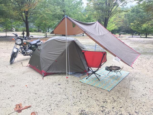 画像: esさん撮影・テントだけでなくタープやチェアなどesさんのグッズセレクトにはこだわりがいっぱいです!
