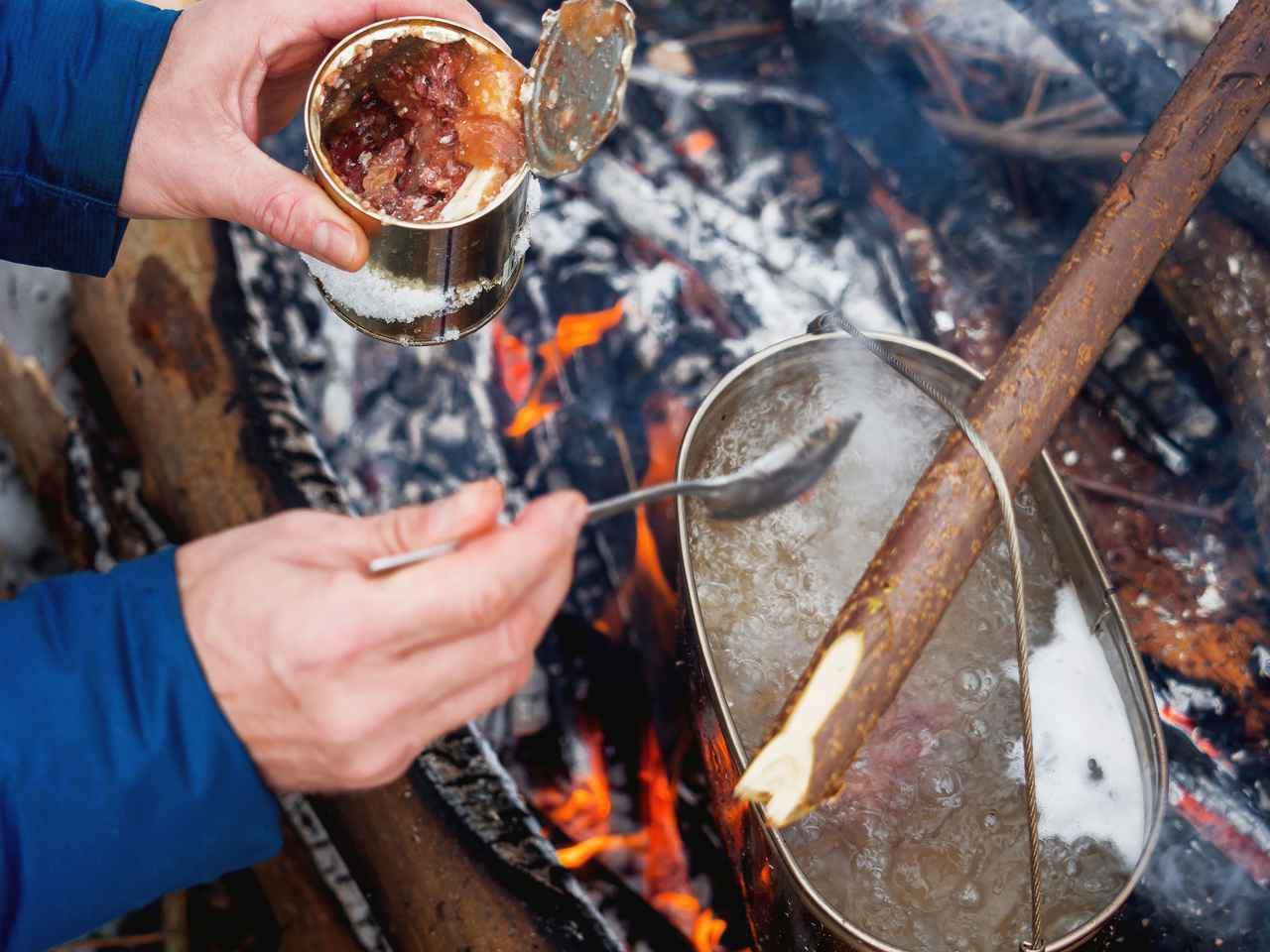 画像: 初心者キャンパーが作る簡単キャンプ飯!缶詰を使った時短アレンジレシピを紹介 - ハピキャン(HAPPY CAMPER)