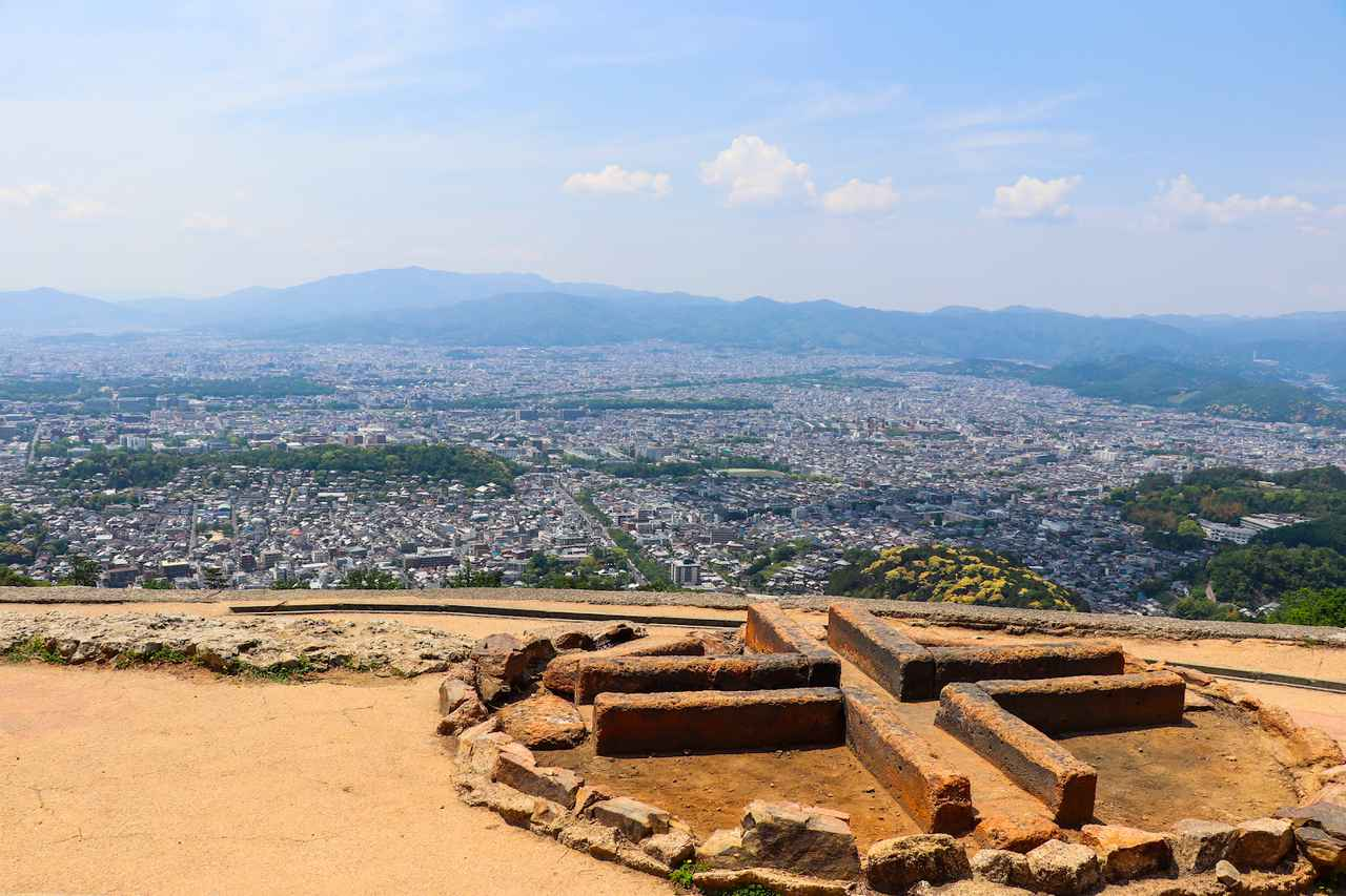 画像: (筆者撮影:火床から京都市内を一望)