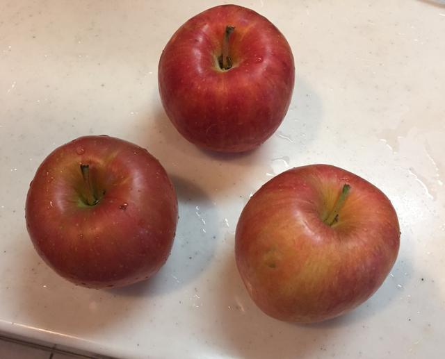 画像: 筆者撮影 リンゴが旬な季節ですね!
