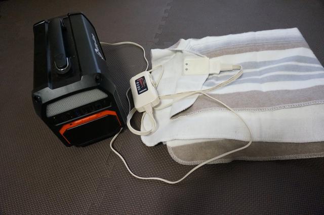 画像: 筆者撮影「ポータブル電源があれば電気毛布も使える」