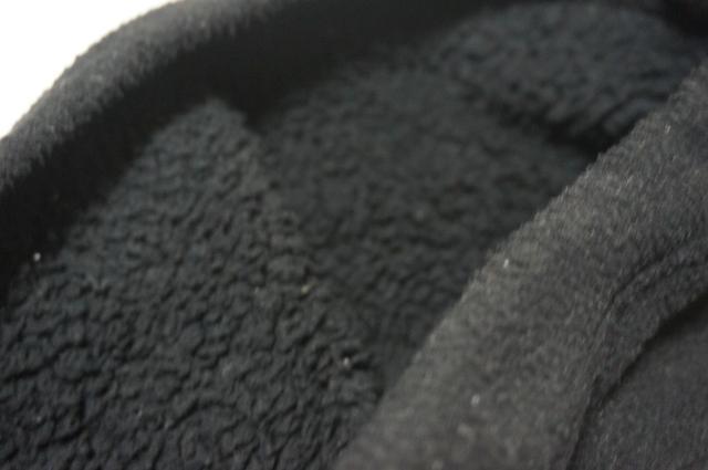 画像: 筆者撮影「裏がボアなので暖か」