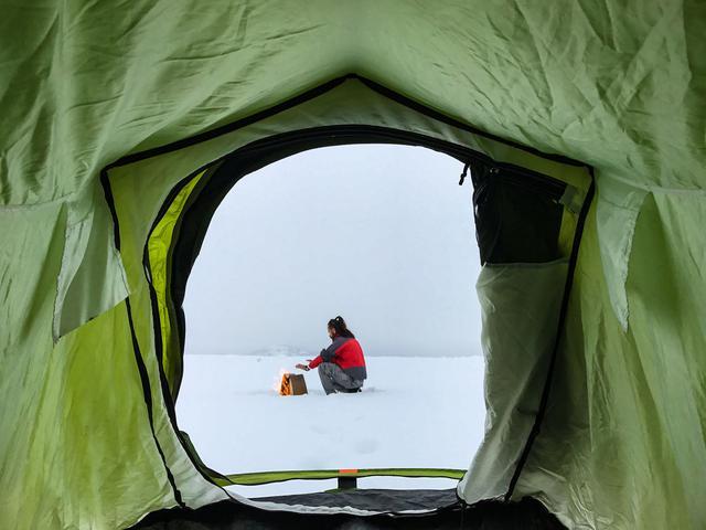 画像: 雪だるま・かまくら作りは初心者には難しい?