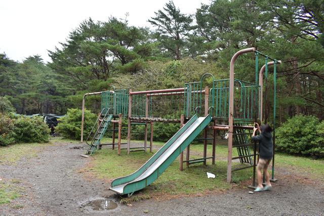 画像: 筆者撮影 この日は雨上がりで滑ったので、遊ぶのはちょっとだけ